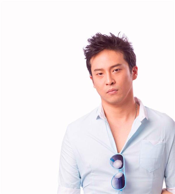 【上海站】欧阳震华上海首秀 律政笑佳人第一季 话剧《纸飞机的天空 》