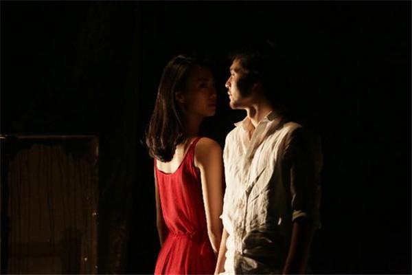 【女神专享】【上海站】孟京辉导演作品《恋爱的犀牛》